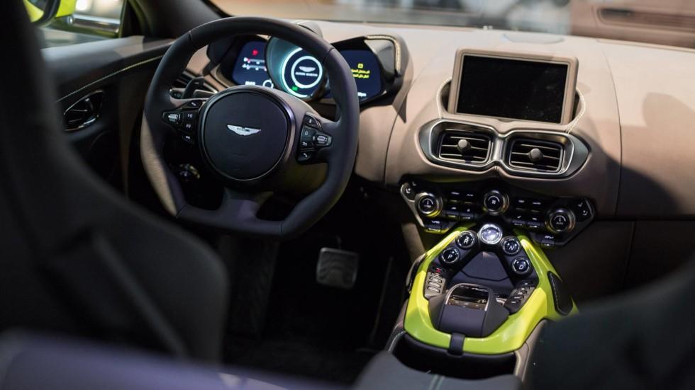 внутрисалонное оборудование Aston Martin Vantage