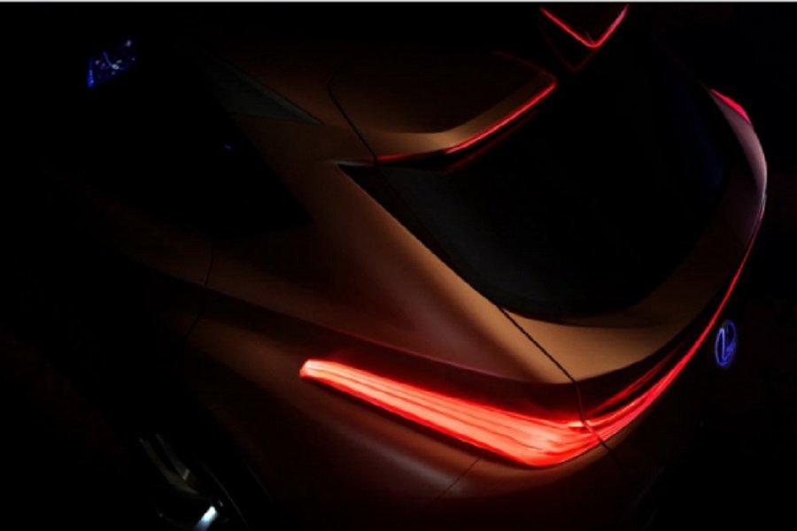 Первое изображение флагманского кроссовера Lexus LF-1