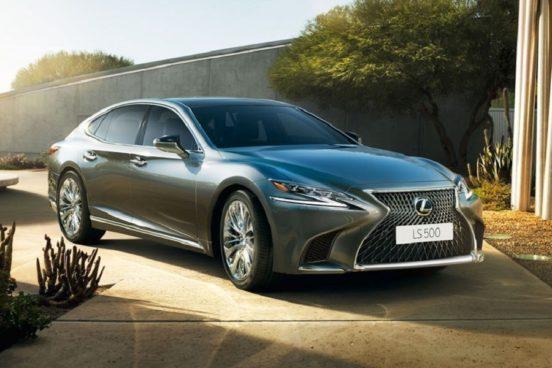 Новый седан Lexus LS уже у российских дилеров