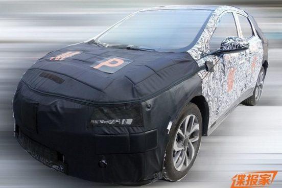 Первые фото серийного кроссовера Chevrolet FNR-X