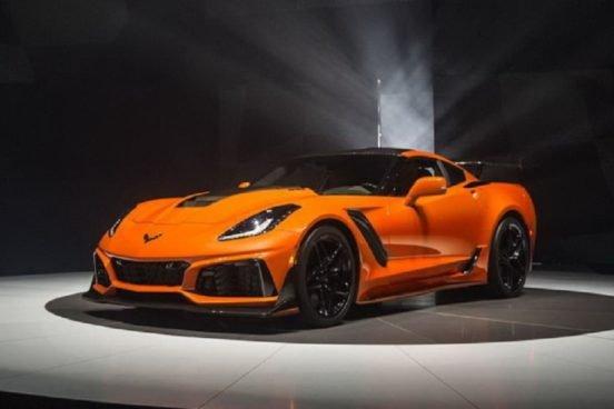 На аукционе первый спорткар Chevrolet ZR1 ушел почти за $1 млн