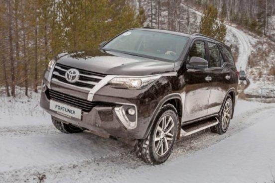Toyota Fortuner с бензиновым движком в РФ, известны цены