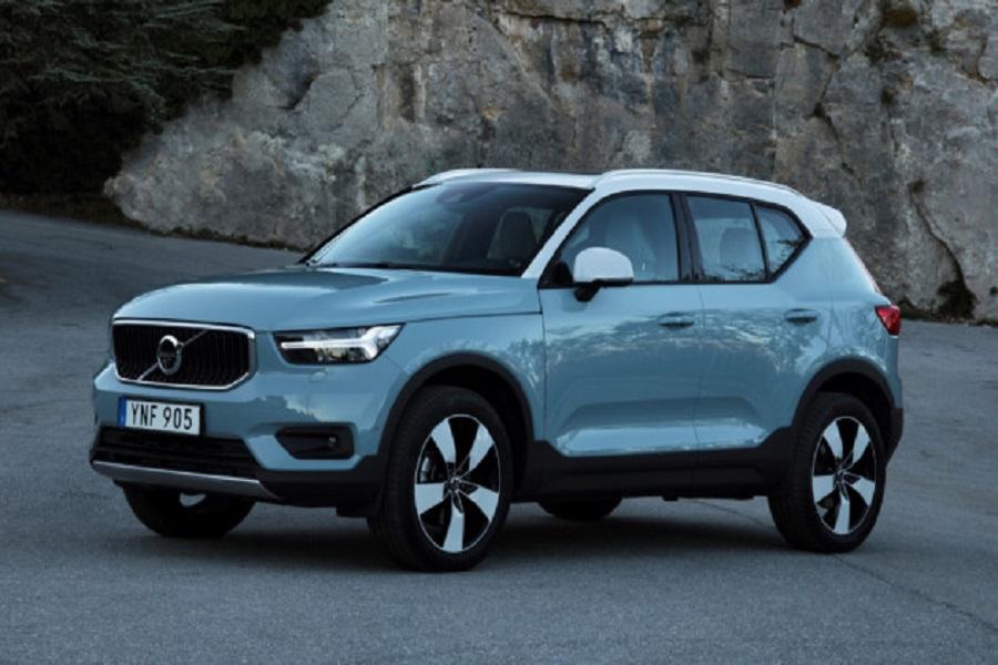Озвучена дата появления кроссовера Volvo XC40 в России
