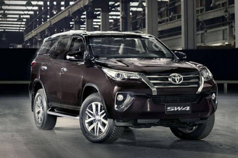 Toyota Fortuner обзавелся роскошной версией Dimond