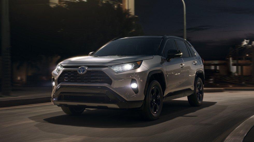 Toyota RAV4 пятого поколения представлен официально