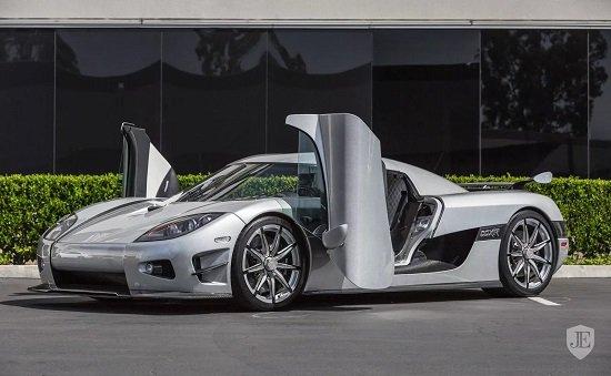 1 место -Koenigsegg CCXR Trevita в рейтинге самых дорогих мащин