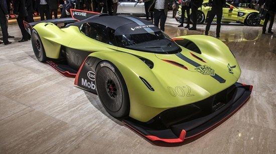 5 место -Aston Martin Valkyrie в рейтинге самых дорогих машин