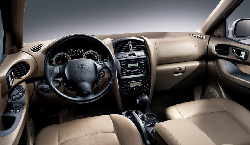 Интерьер Hyundai Santa FeClassic