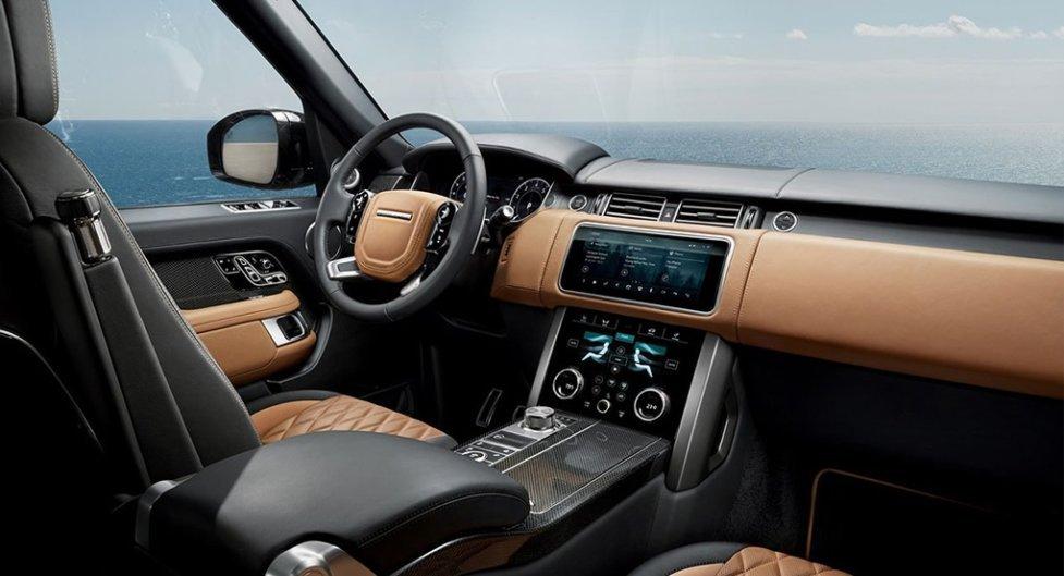 Интерьер Land Rover Sport