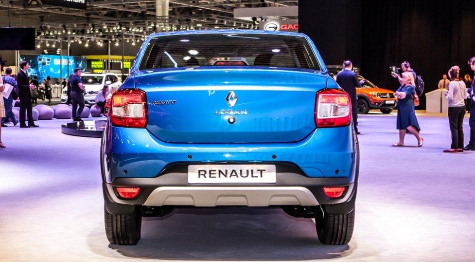 Корма нового внедорожного седана Renault Logan Stepway