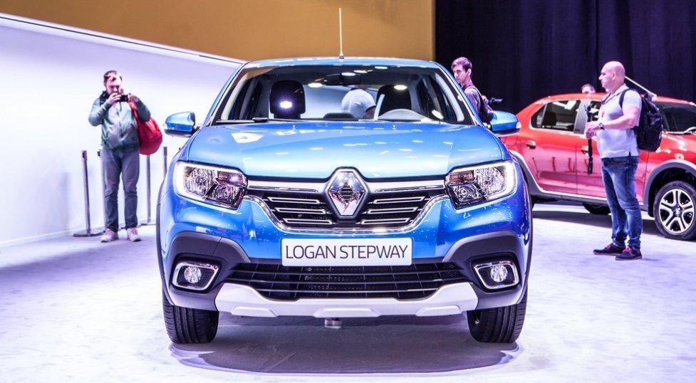 Сегодня состоялась официальная премьера кросс-седана Renault Logan Stepway на ММАС