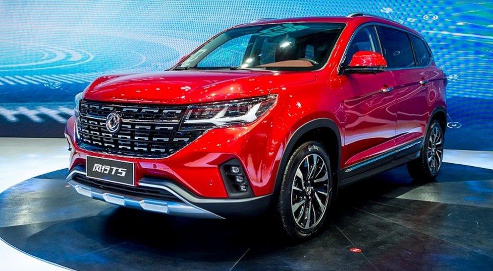 Новый китайский паркетник Dongfeng T5 поступит в продажу уже скоро