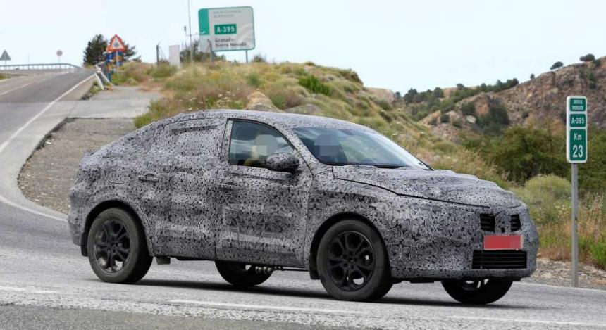 Первые фотографии нового Renault Arkana 2018