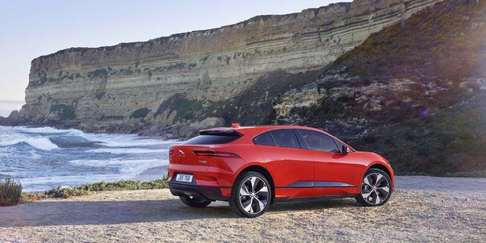 Корма Jaguar I-Pace