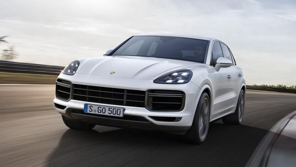 лучший премиальный кроссовер -Porsche Cayenne E3 Turbo