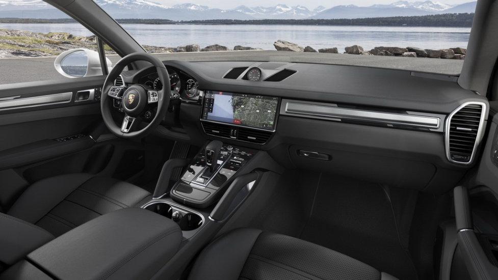 ИнтерьерPorsche Cayenne E3 Turbo
