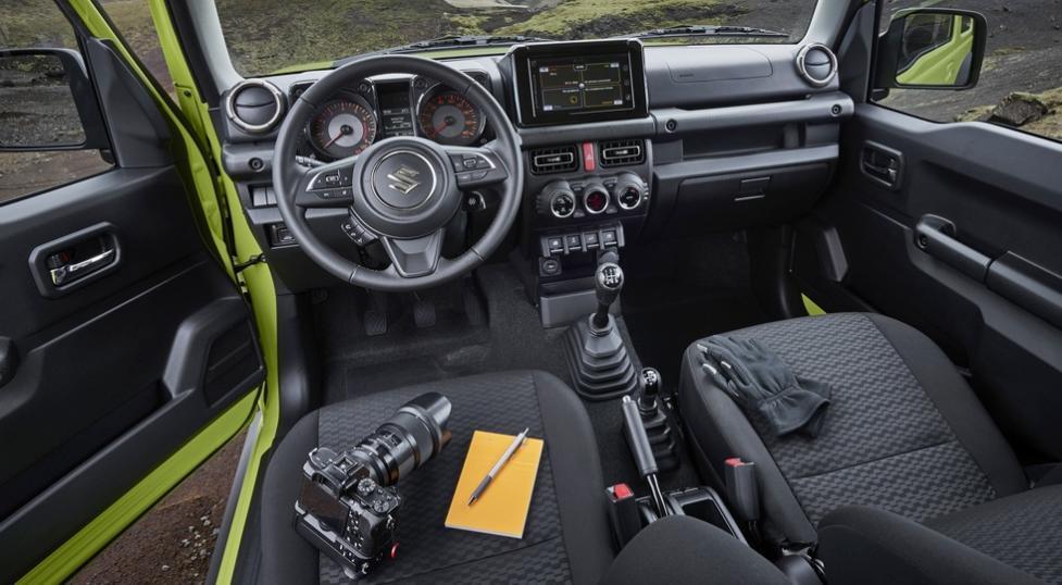 Интерьер Suzuki Jimny