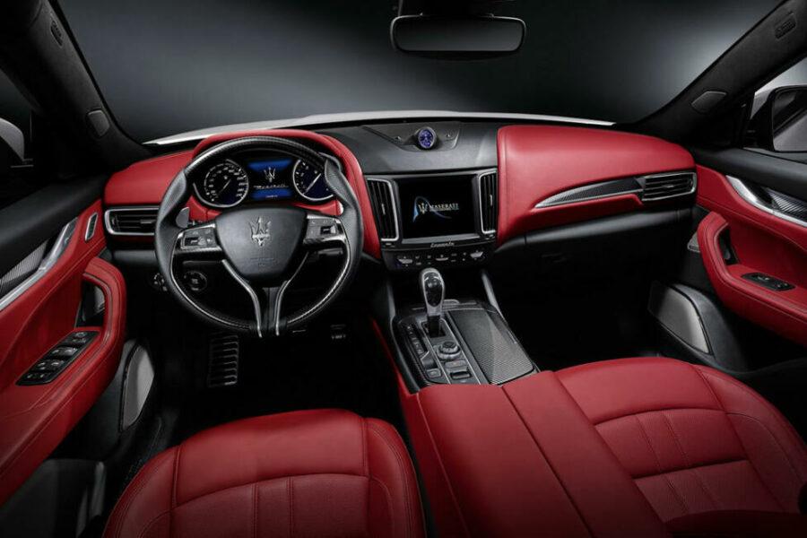 Интерьер Maserati Levante Vulcano