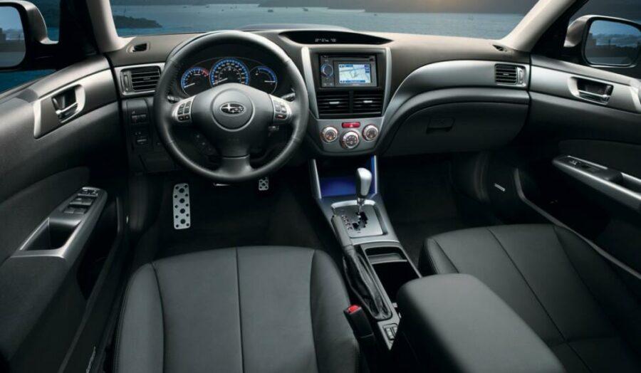 Интерьер Subaru Forester III Рестайлинг