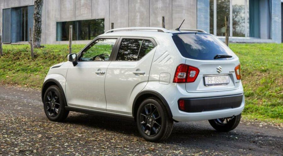 Вид сзади Suzuki Ignis