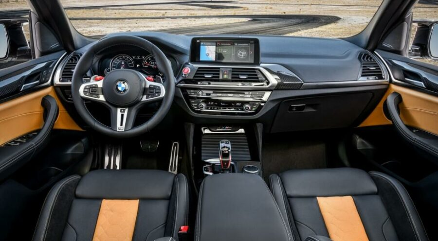 Интерьер BMW X3 M Competition
