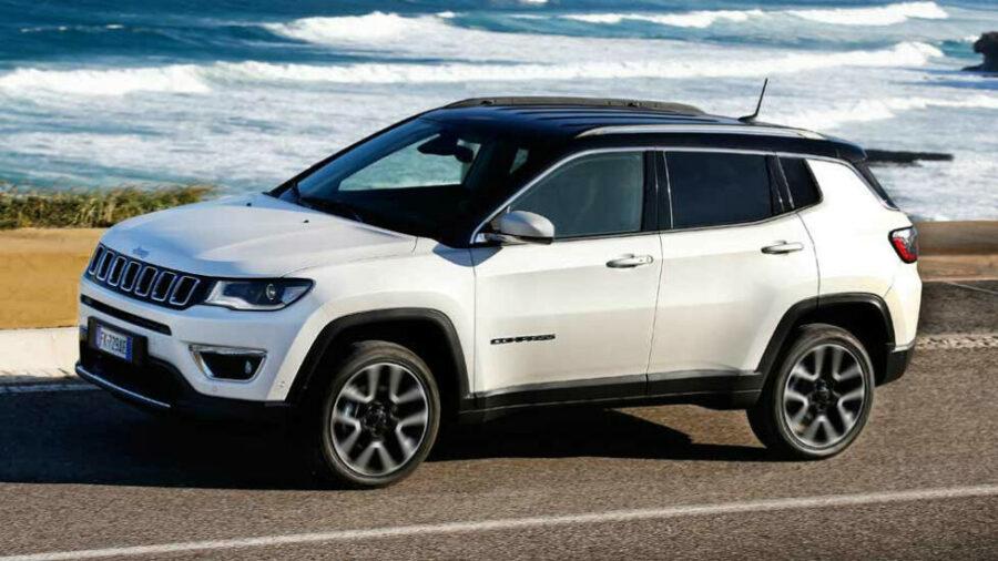 Лучший американский кроссовер Jeep Compass стоимостью до 2500000 рублей