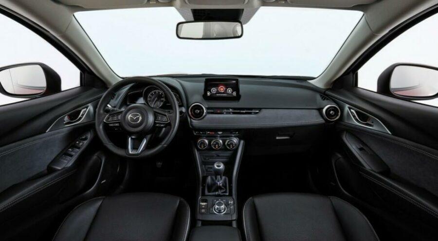Интерьер Mazda CX 3