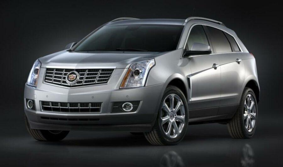 Американский Cadillac SRX - среднеразмерный кроссовер ценником до 800000 рублей