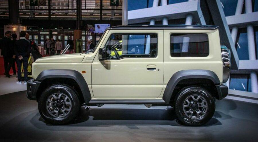 Вид сбоку Suzuki Jimny