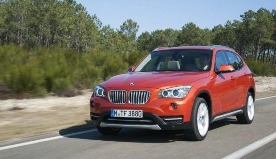 bmw_x1 созданный немецкой компанией молодежно-премиальный  кроссовер BMW X1. В нем отлично сочетается грузоподъемность