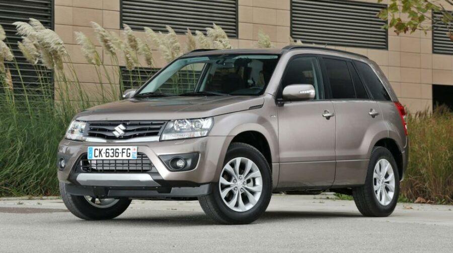 Практичный паркетник ценой до 700 тыс. рублей Suzuki Grand Vitara III Рестайлинг 2 (2013 года)