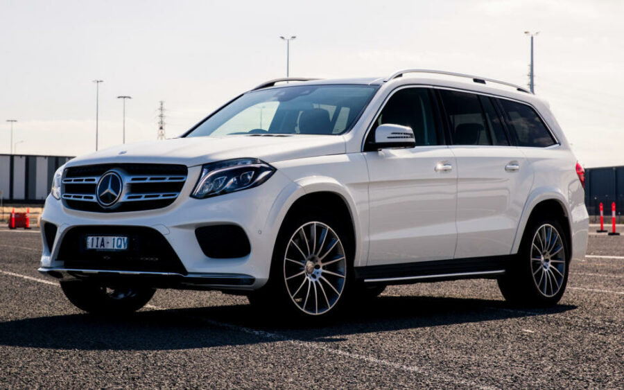"""Третье место в ТОП-10 самых """"прожорливых"""" SUV - Mercedes-Benz GLS-Class"""