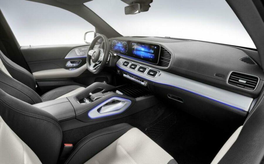 Интерьер  Mercedes-Benz GLE 580 4Matic