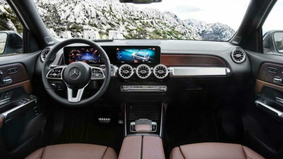 Интерьер Mercedes-Benz GLB-Class