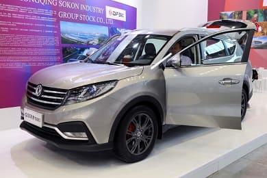 7-местный кроссовер DFM 580 появится у российских дилеров в августе 2019 года