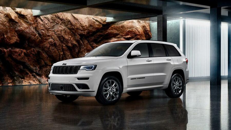 В Россию привезли новую версию кроссовера Jeep Grand Cherokee S-Limited