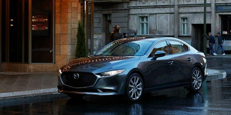 Названы рублевые расценки на новый японский седан Mazda 3 для рынка России