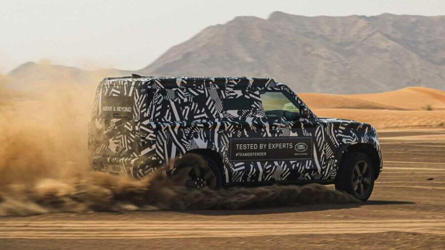 Вид сбоку Land Rover Defender