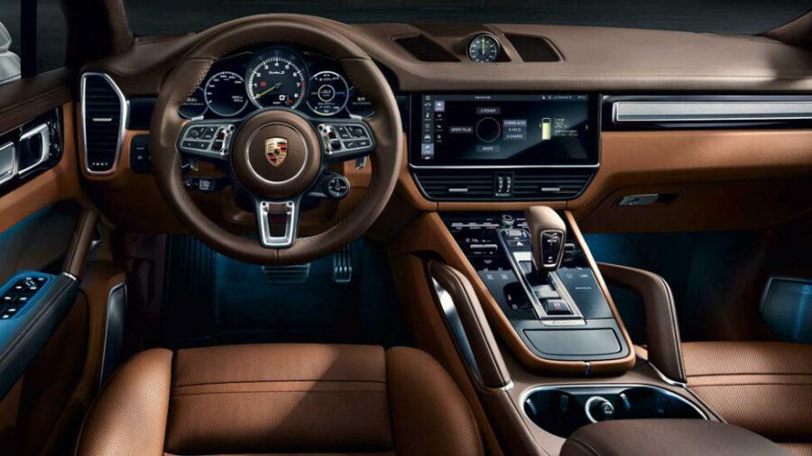Интерьер Porsche Cayenne Turbo S E-Hybrid