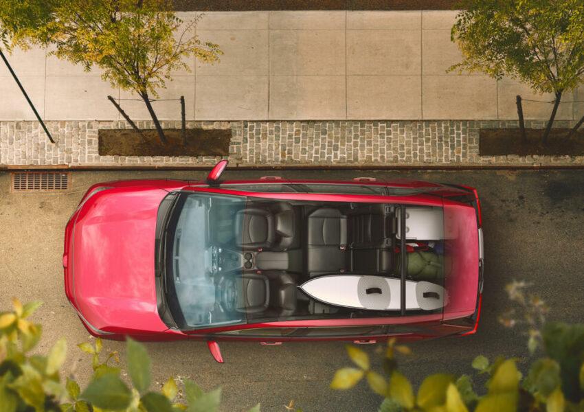 Вид сверху Toyota RAV4 пятой генерации