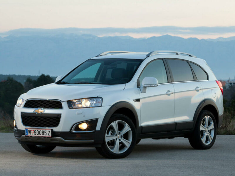 Американский б/у кроссовер до 900 тыс. рублей - Chevrolet Captiva