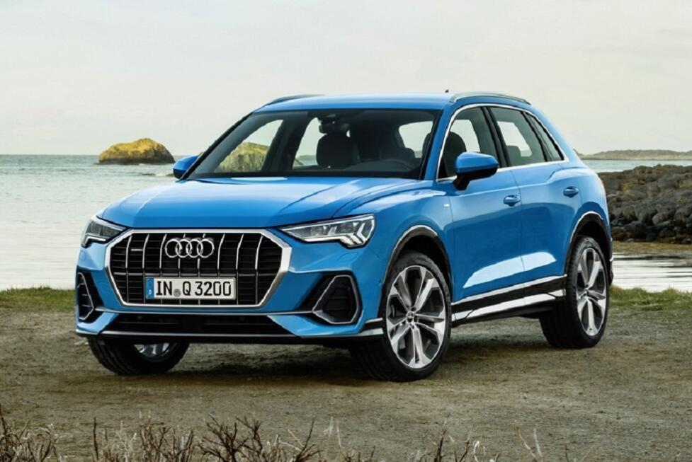 Новый Audi Q3 появился у российских дилеров
