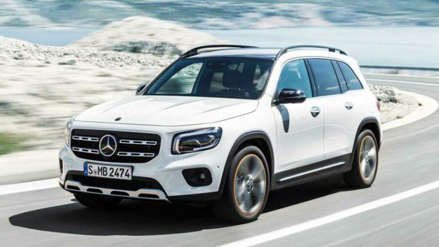 Немецкий семиместный кроссовер Mercedes-Benz GLB появится на российском рынке уже весной 2020 года