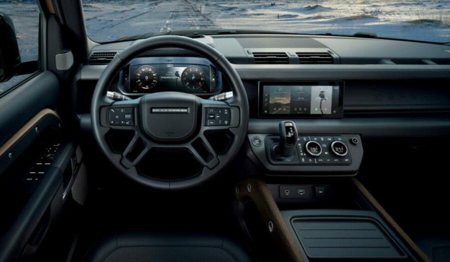 Интерьер Land Rover Defender