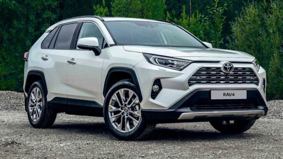 В России начались продажи Toyota RAV4 пятого поколения