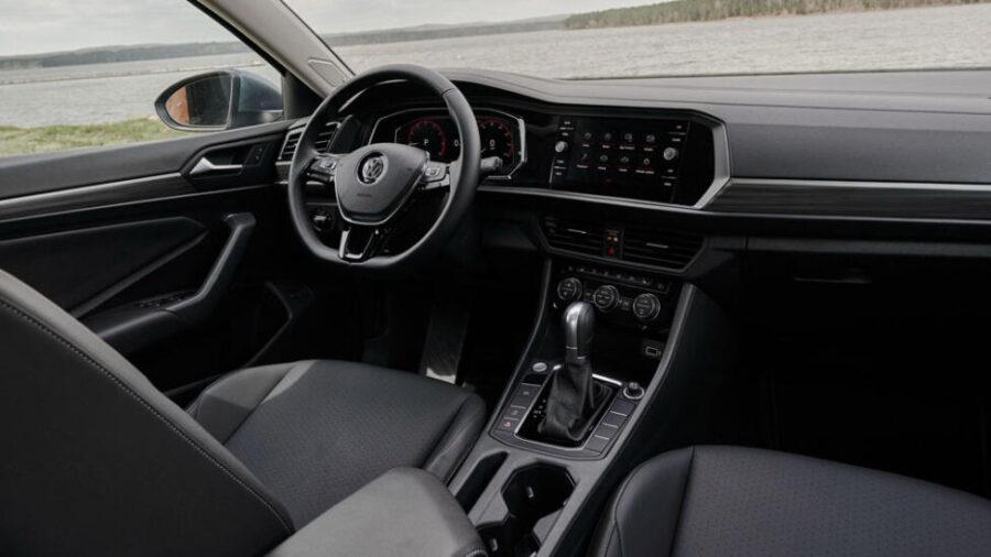 Интерьер Volkswagen Jetta