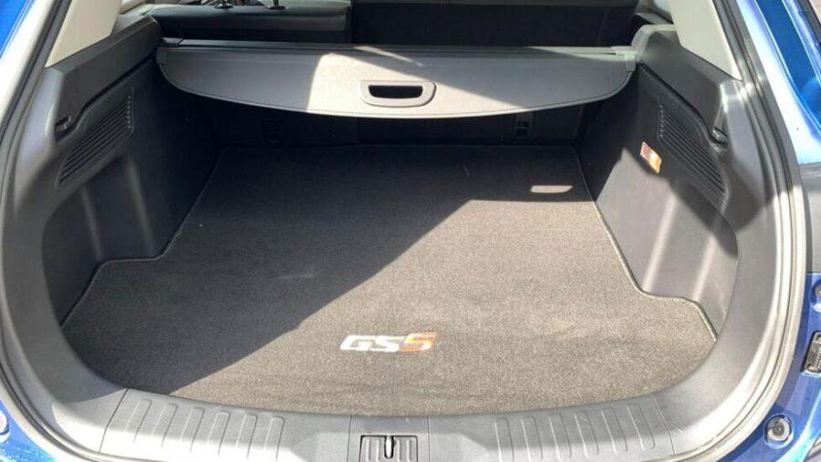 Багажник нового китайского кроссовера GAC GS5