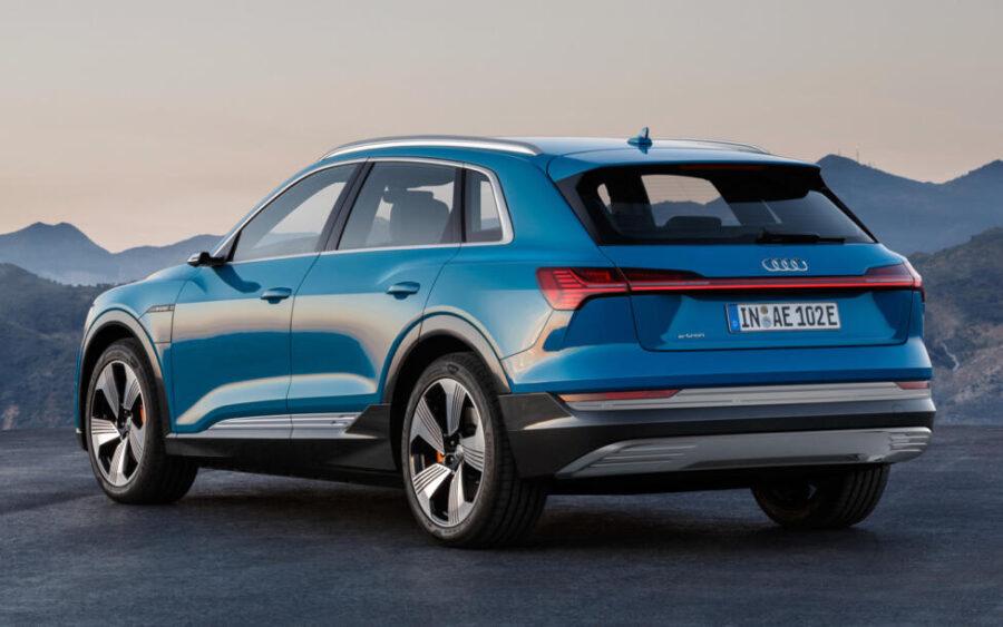 Audi e-tron: вид сзади