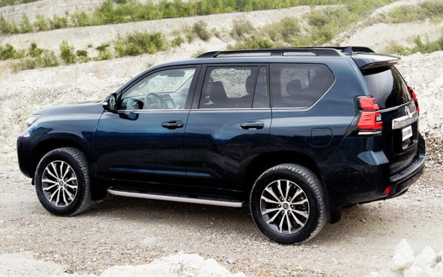 Toyota Land Cruiser Prado: вид сзади