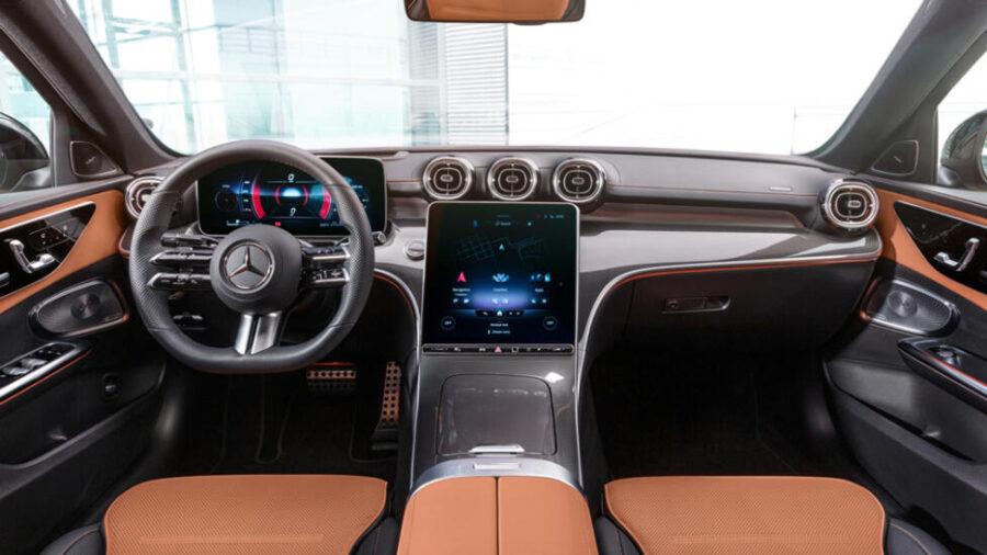 Интерьер Mercedes-Benz C-Class